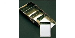 Rectangular chrome scoop.
